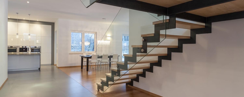 Glazen balustrade trap